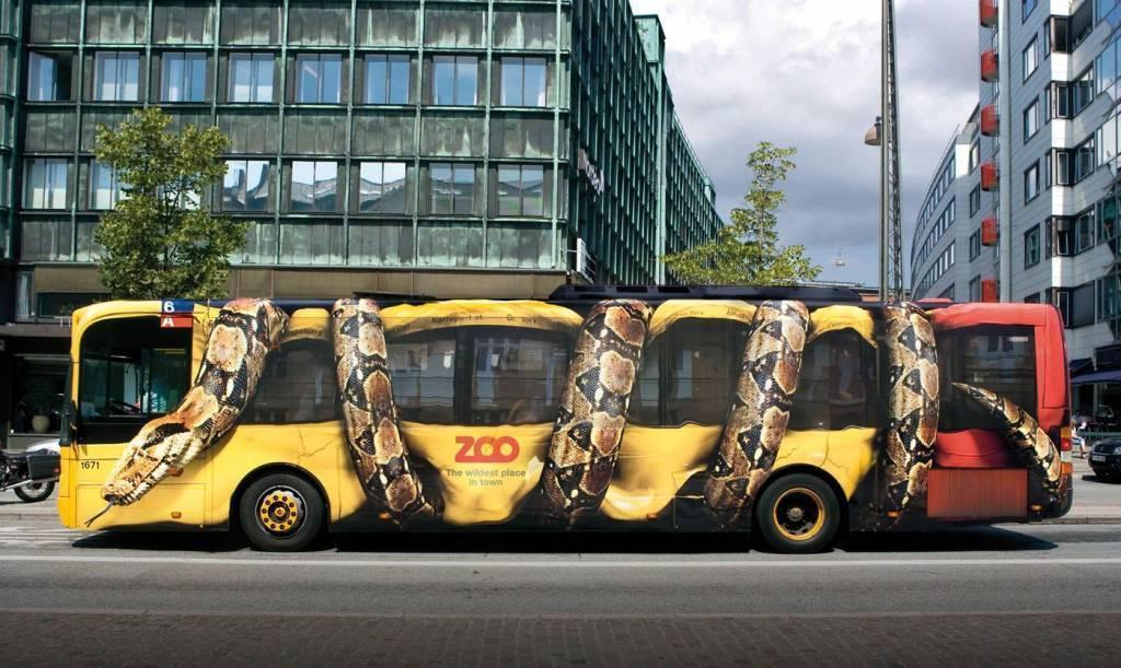 copenhagen-bus-wrap-snake